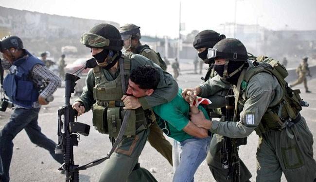 Zionist forces kidnap 11 West Bank Palestinians