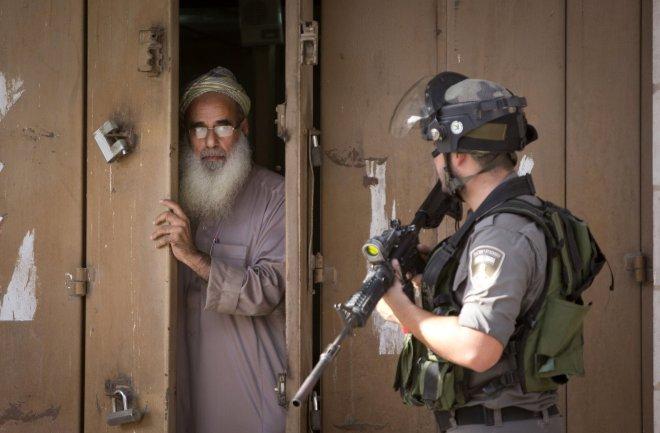 la-fg-jerusalem-attacks-pictures-20151013-010
